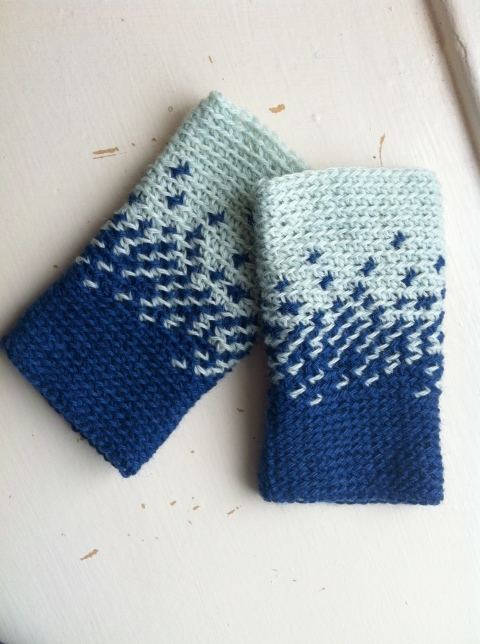 My Night to Day wrist warmers use stranded colourwork
