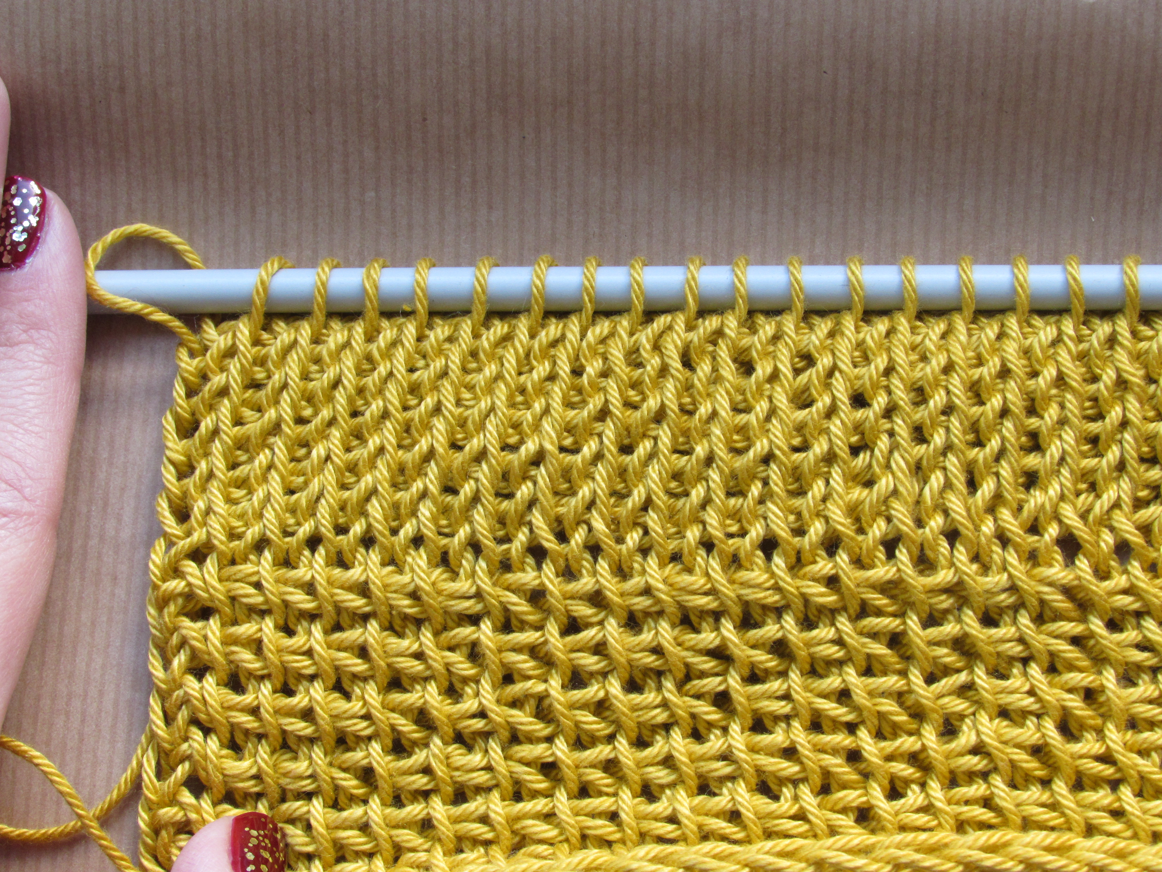 Tunisian Crochet 101: Changing colours (forward pass) | a crochet ...